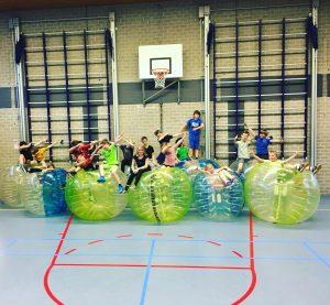Bubbelbal kinderfeestje in de gymzaal huren Amsterdam, Haarlem, Rotterdam, Utrecht