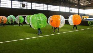 Bubbelbal voetbal huren in Scheveningen